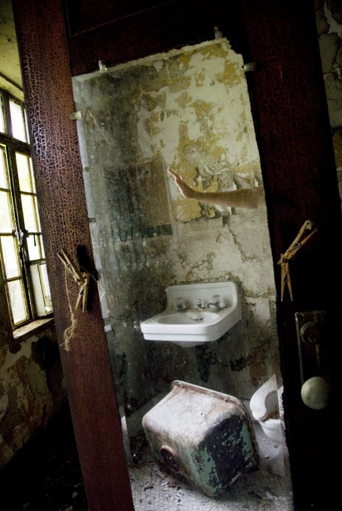 Reflection of filth-kristen-memmolo-artist-ny
